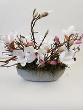 Tafeldecoratie met magnolia